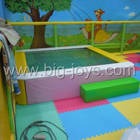 Water trampoline bed,Electric jumping bed